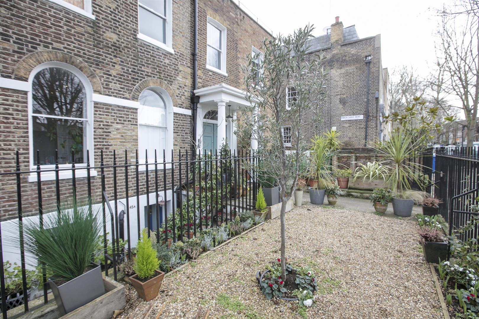 Flat - Conversion Sale Agreed in Camberwell Grove, Camberwell, SE5 588 view24