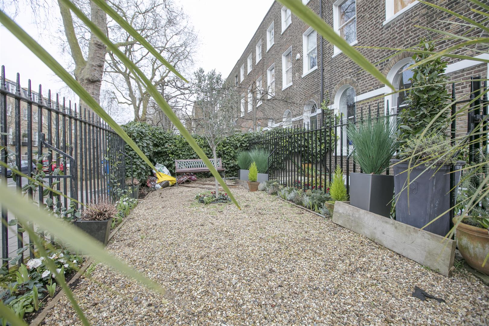 Flat - Conversion Sale Agreed in Camberwell Grove, Camberwell, SE5 588 view23