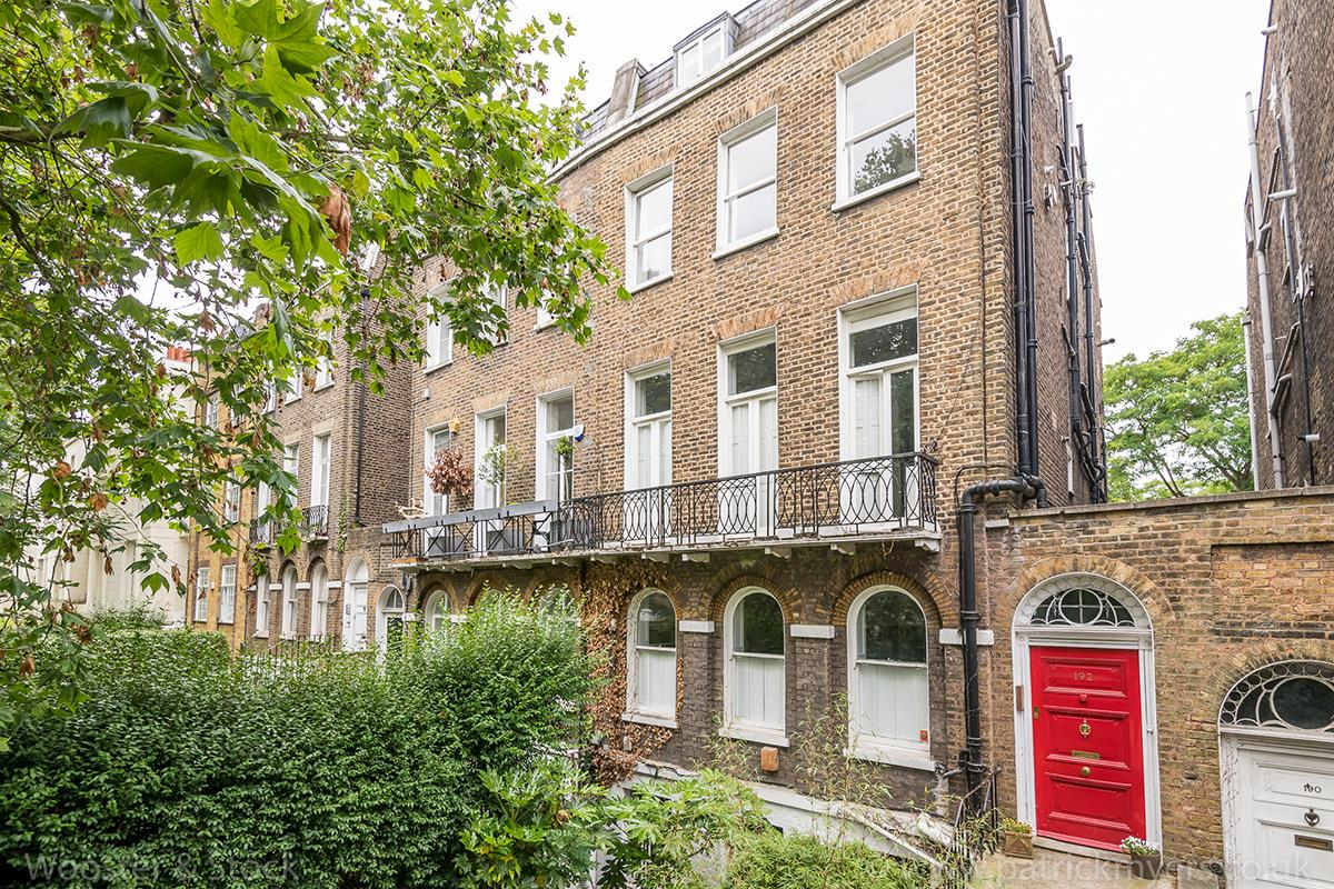 Flat/Apartment Sale Agreed in Camberwell Grove, Cambewell, London 469 view1