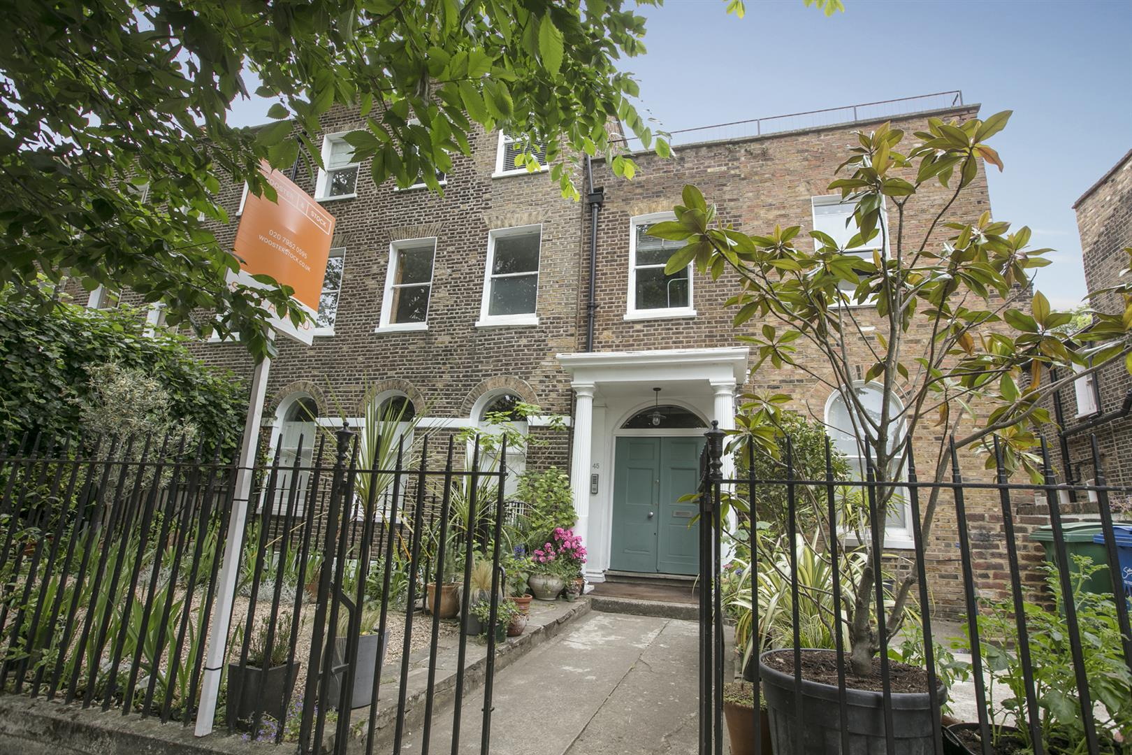 Flat/Apartment Sale Agreed in Camberwell Grove, London 612 view17