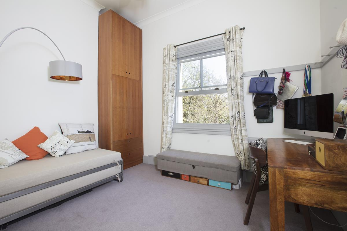Flat - Conversion Sale Agreed in Camberwell Grove, SE5 312 view12
