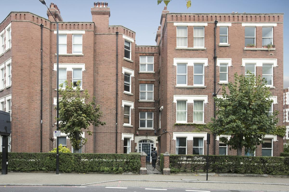 Flat - Purpose Built Sale Agreed in Camberwell New Road, Camberwell SE5 387 view3