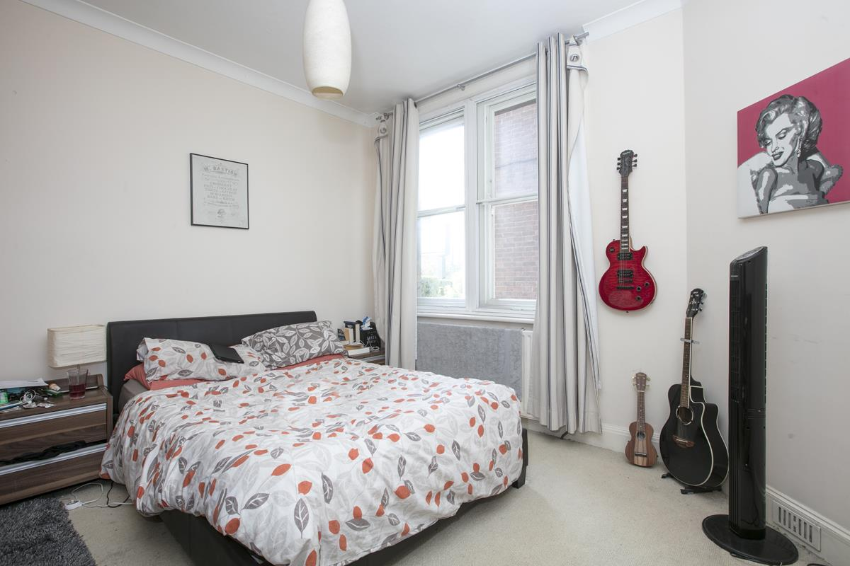 Flat - Purpose Built For Sale in Camberwell New Road, Camberwell SE5 387 view8