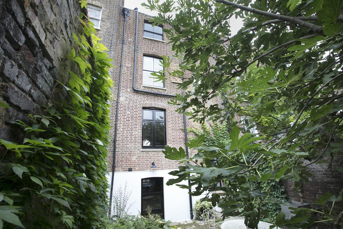 House - Terraced For Sale in Camberwell Road, SE5 371 view32