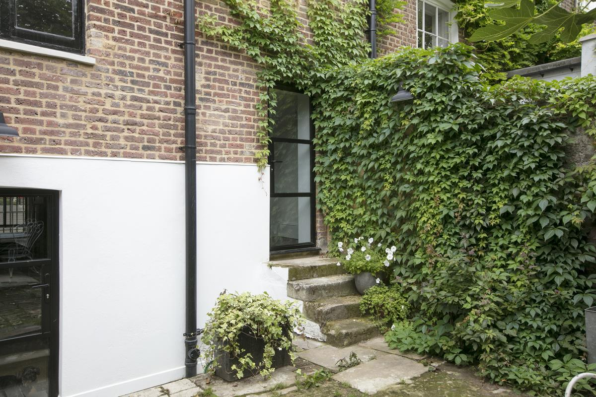 House - Terraced For Sale in Camberwell Road, SE5 371 view33