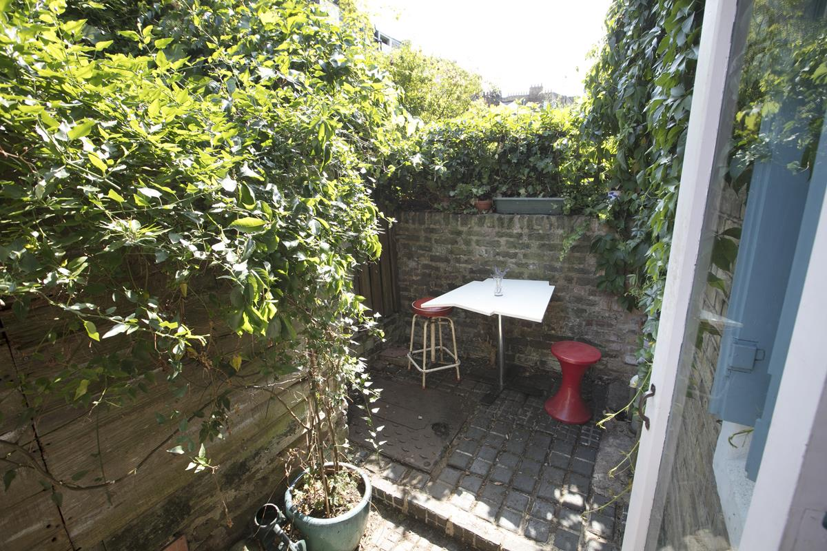 House - Terraced For Sale in Canning Cross, Camberwell, SE5 368 view4