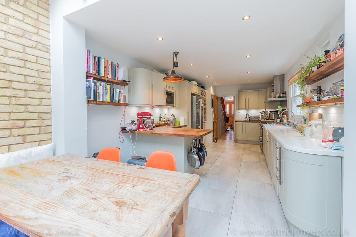 House - Semi-Detached Sale Agreed in Carden Road, Nunhead, SE15 414 view11