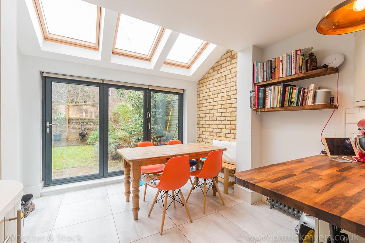 House - Semi-Detached Sale Agreed in Carden Road, Nunhead, SE15 414 view10