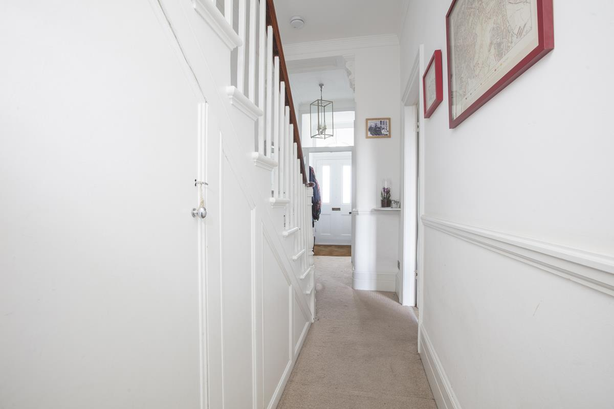House - Semi-Detached Sold in Carden Road, Nunhead, SE15 452 view16