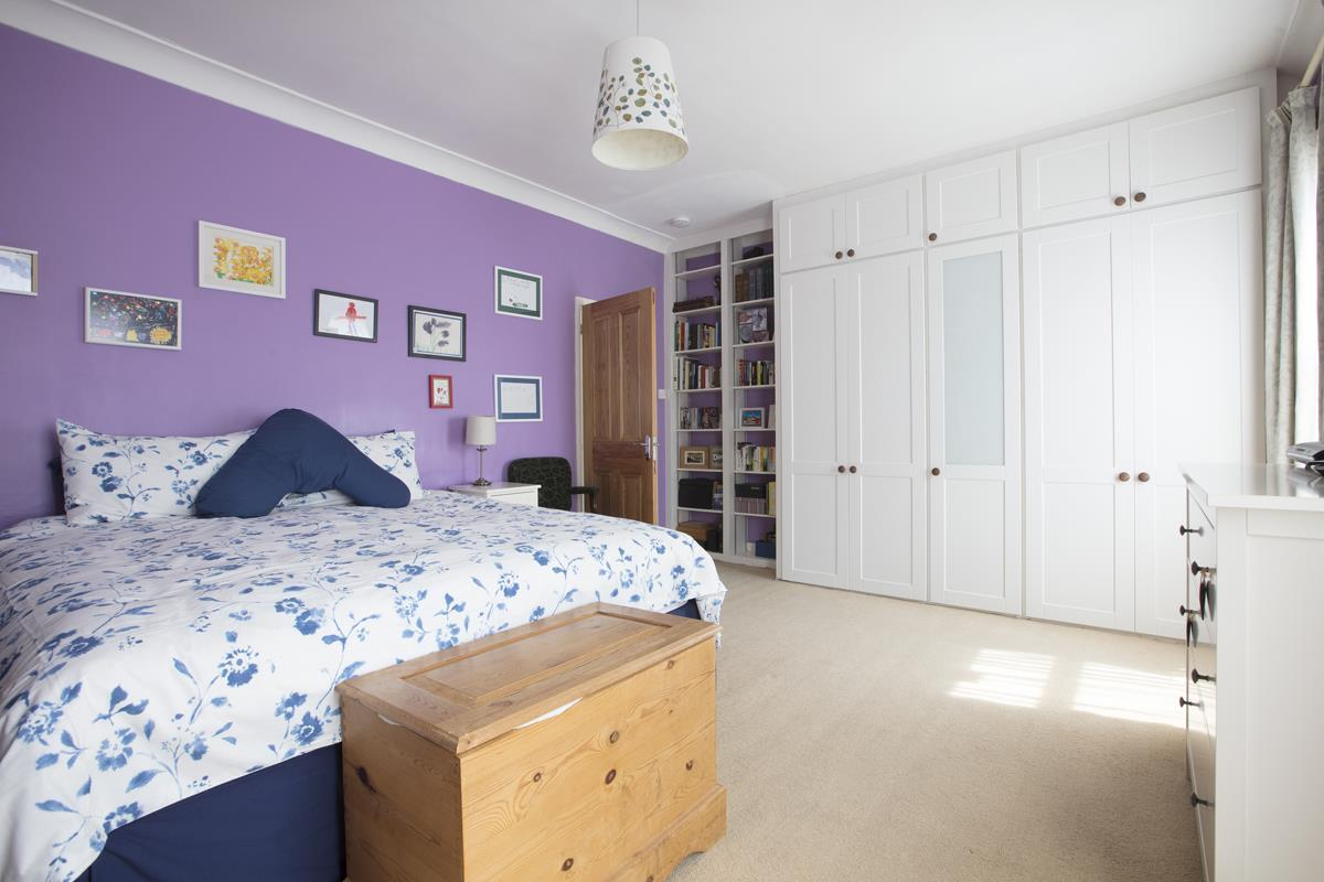 House - Semi-Detached Sold in Carden Road, Nunhead, SE15 452 view19