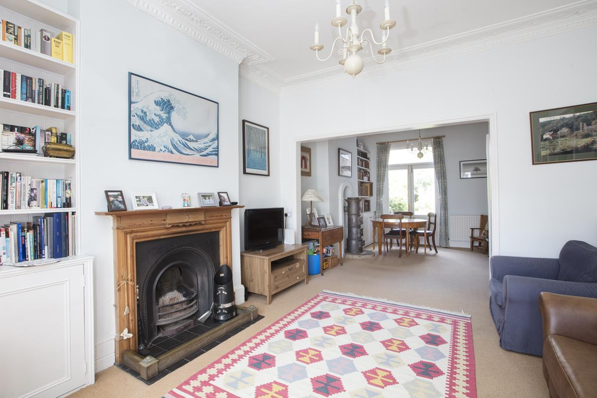 House - Semi-Detached Sold in Carden Road, Nunhead, SE15 452 view7