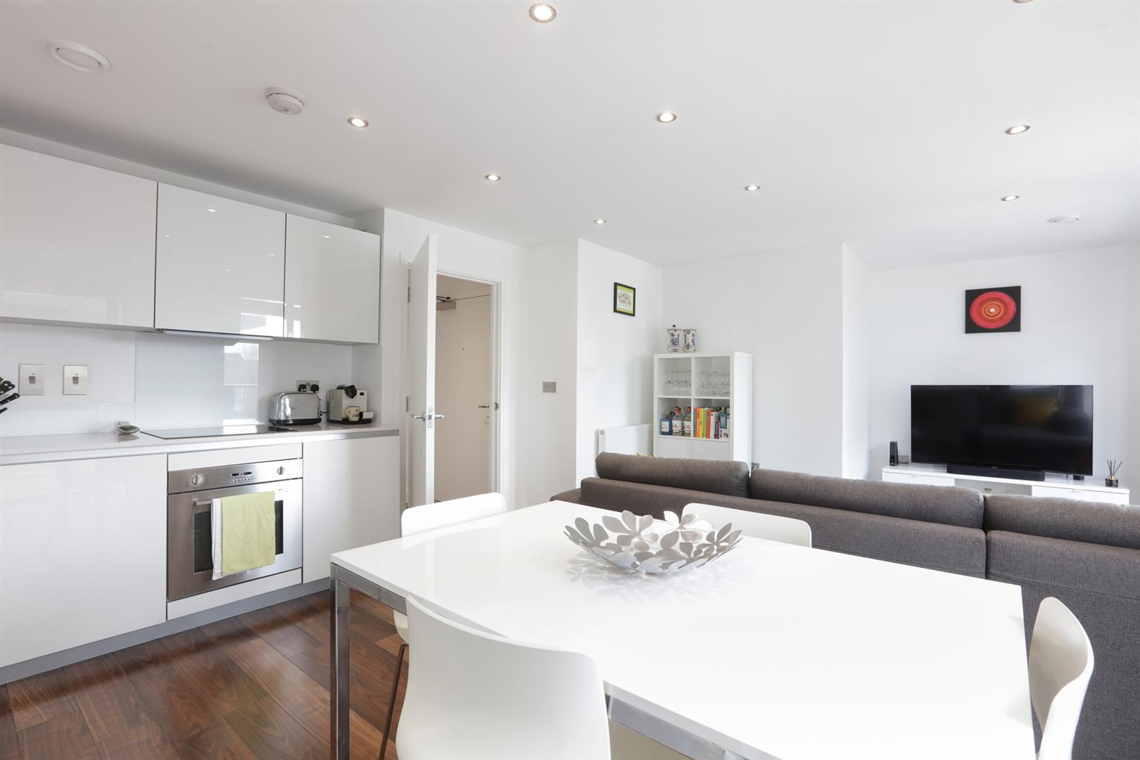 Flat - Purpose Built For Sale in Carlton Grove, Peckham, SE15 596 view9