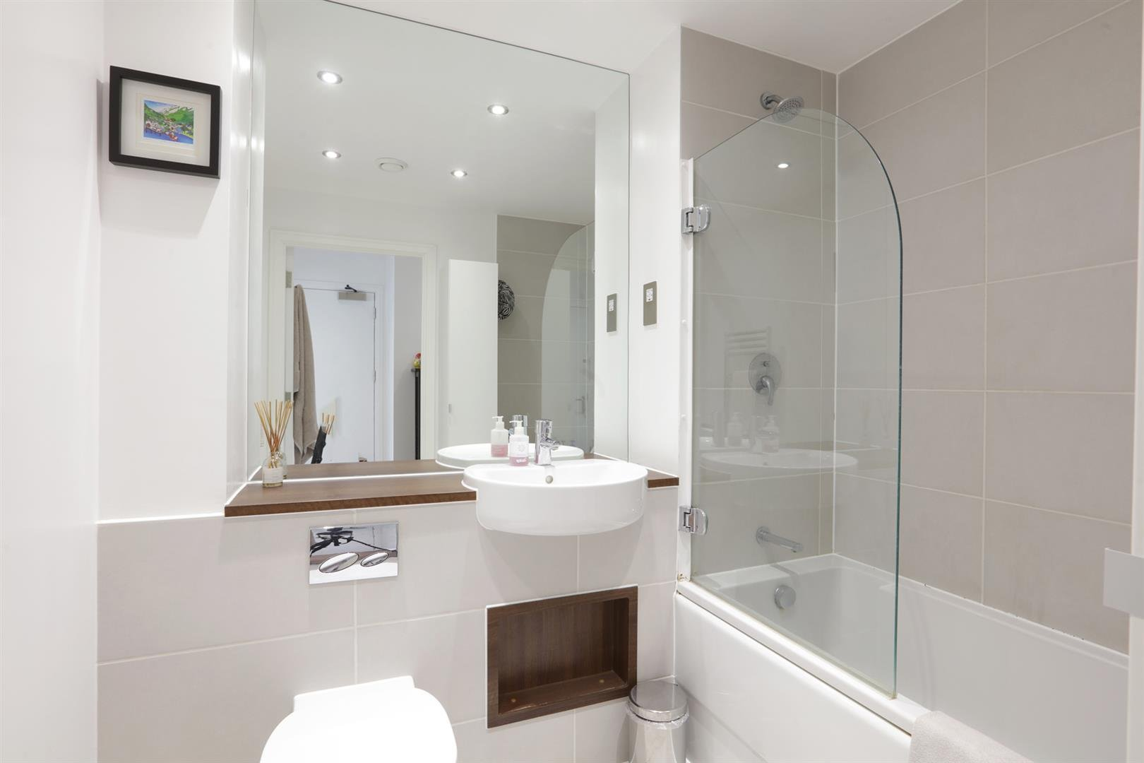 Flat - Purpose Built For Sale in Carlton Grove, Peckham, SE15 596 view12