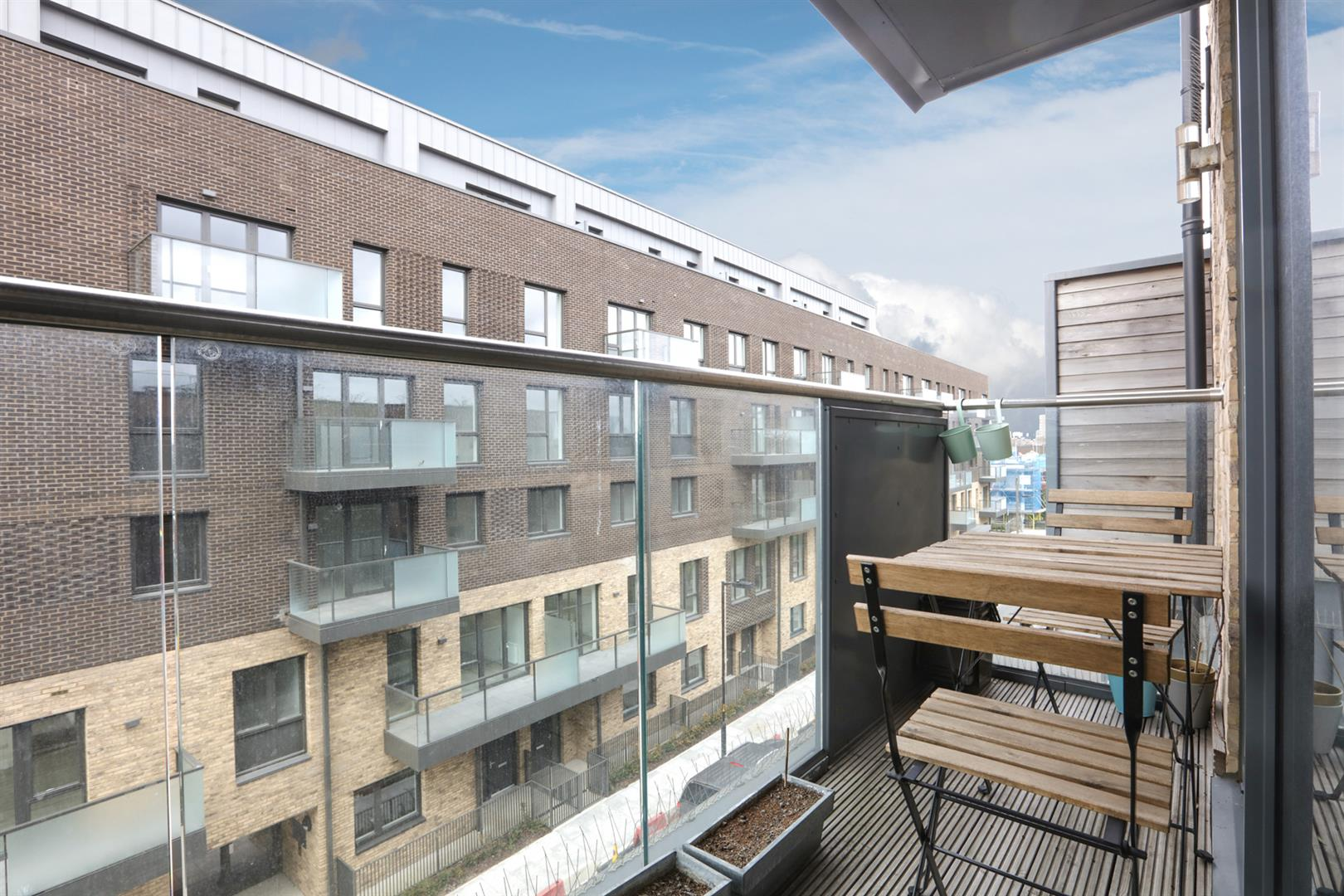 Flat - Purpose Built For Sale in Carlton Grove, Peckham, SE15 596 view7