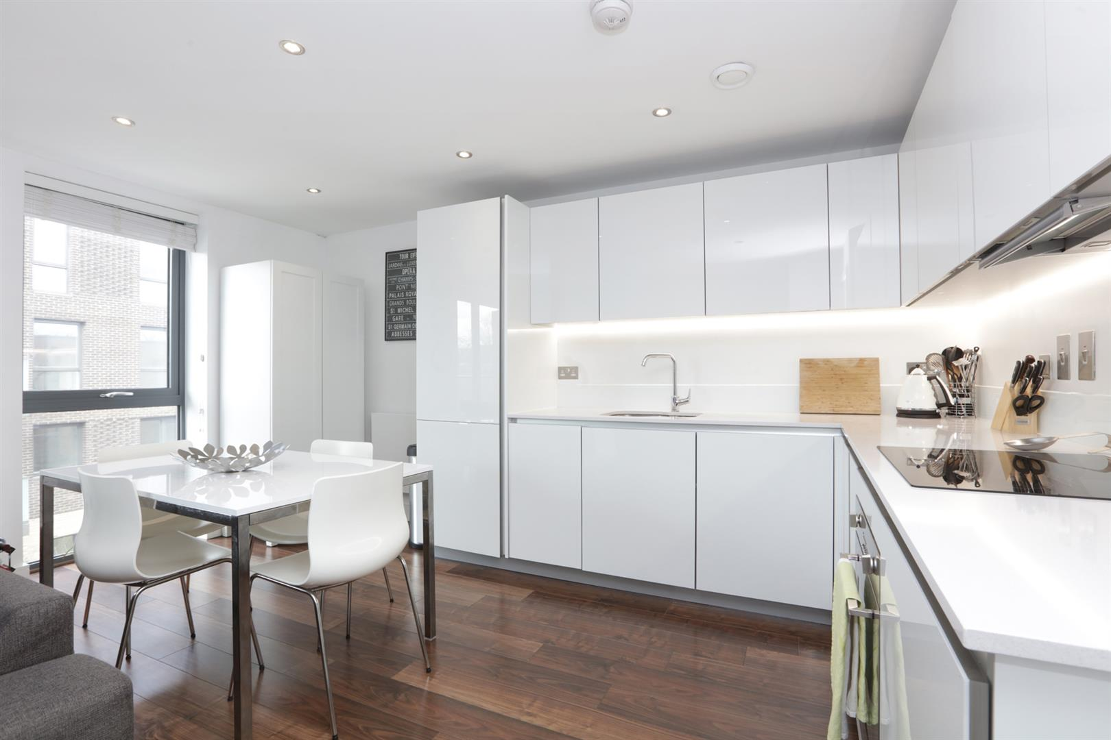 Flat - Purpose Built For Sale in Carlton Grove, Peckham, SE15 596 view3