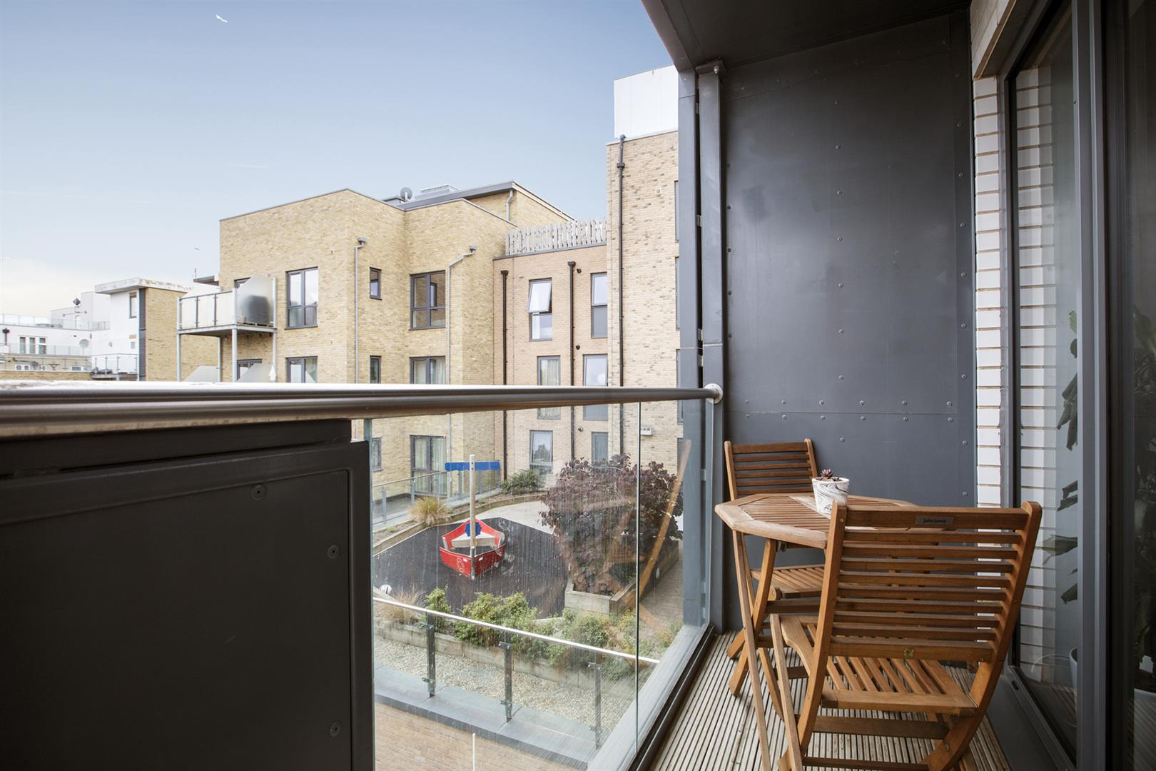 Flat - Purpose Built Sale Agreed in Carlton Grove, Peckham, SE15 605 view7
