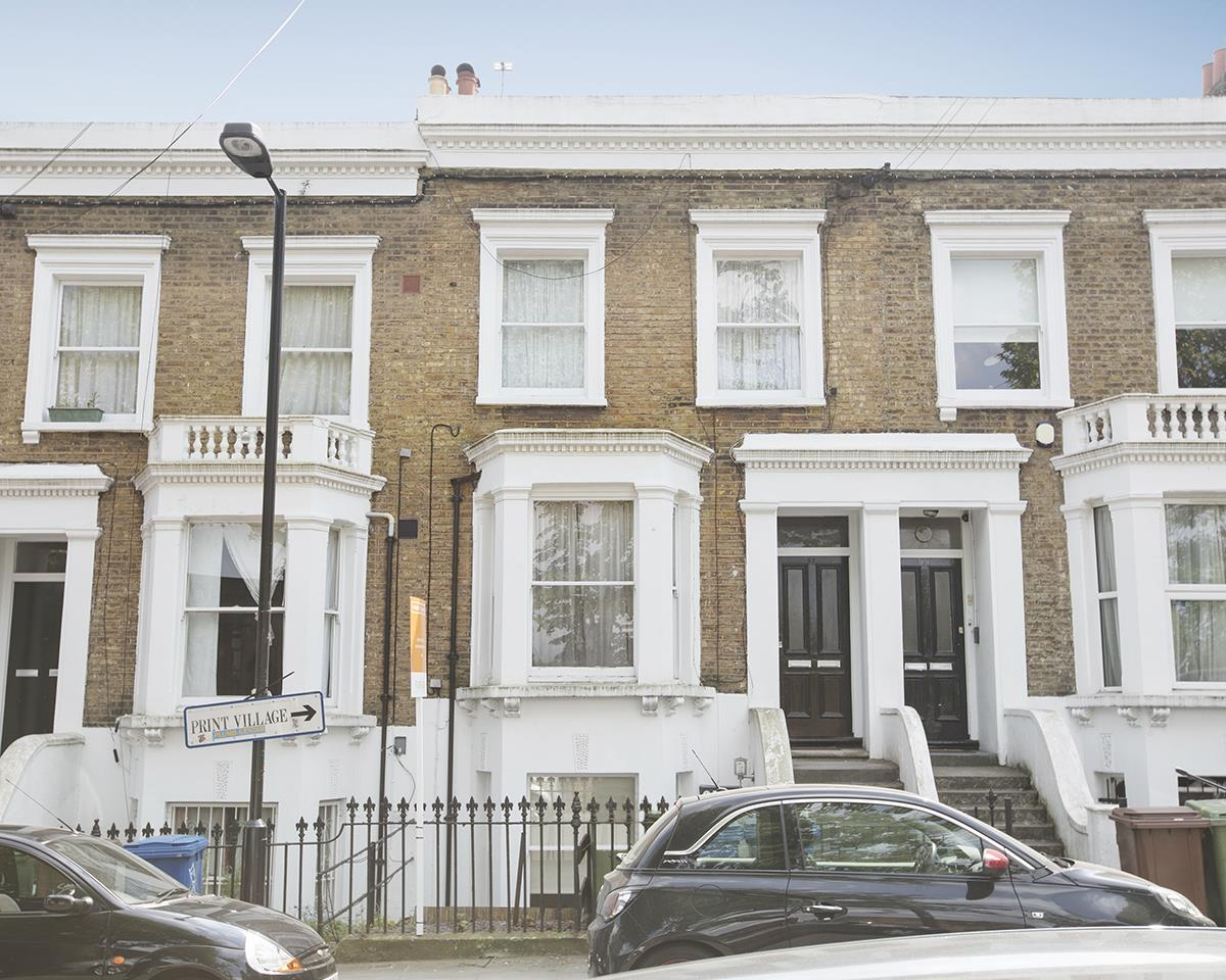 Flat/Apartment For Sale in Chadwick Road, Peckham, SE15 322 view1