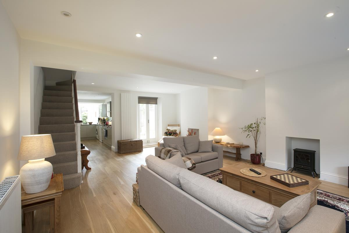 House - Semi-Detached For Sale in Chadwick Road, Peckham, SE15 342 view13