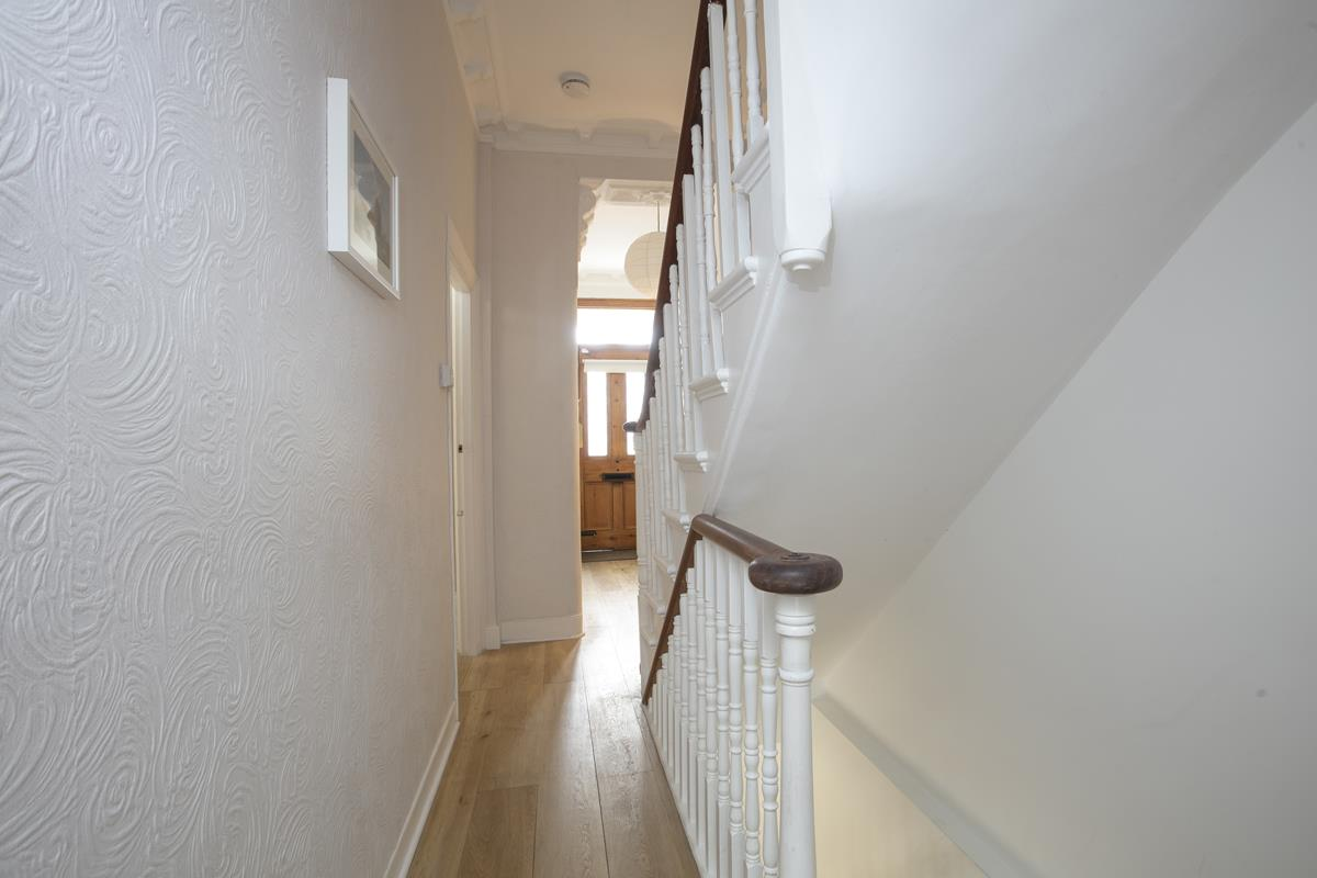 House - Semi-Detached For Sale in Chadwick Road, Peckham, SE15 342 view7