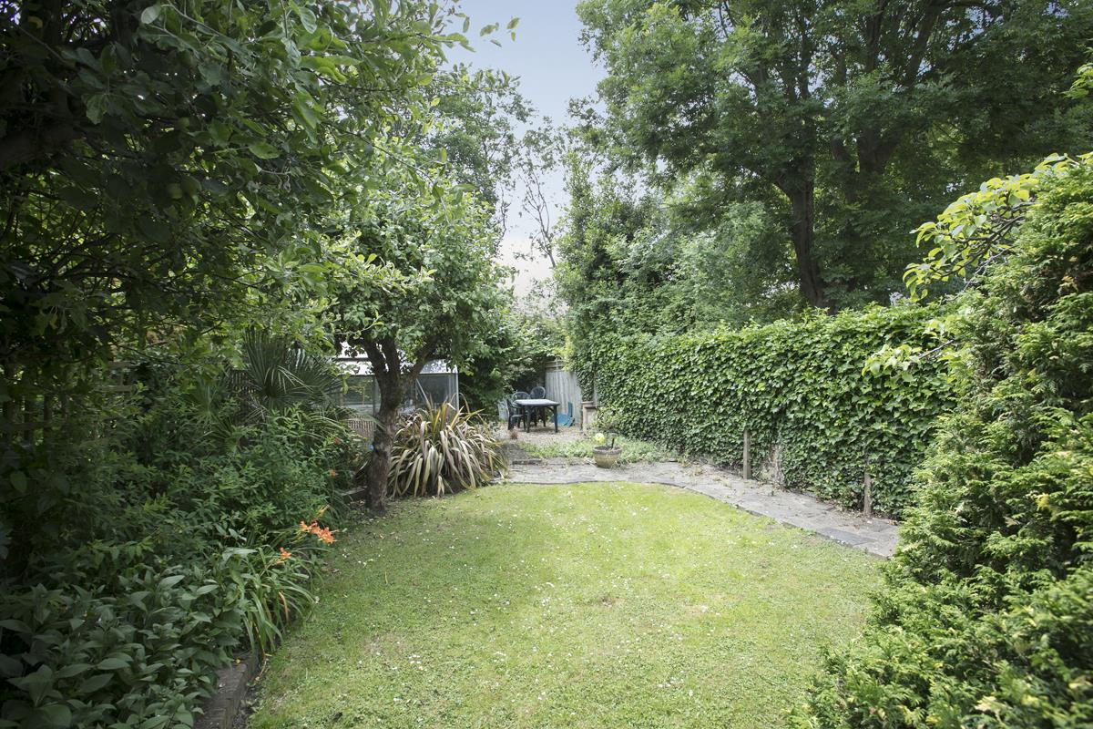 House - Semi-Detached For Sale in Chadwick Road, Peckham, SE15 342 view19