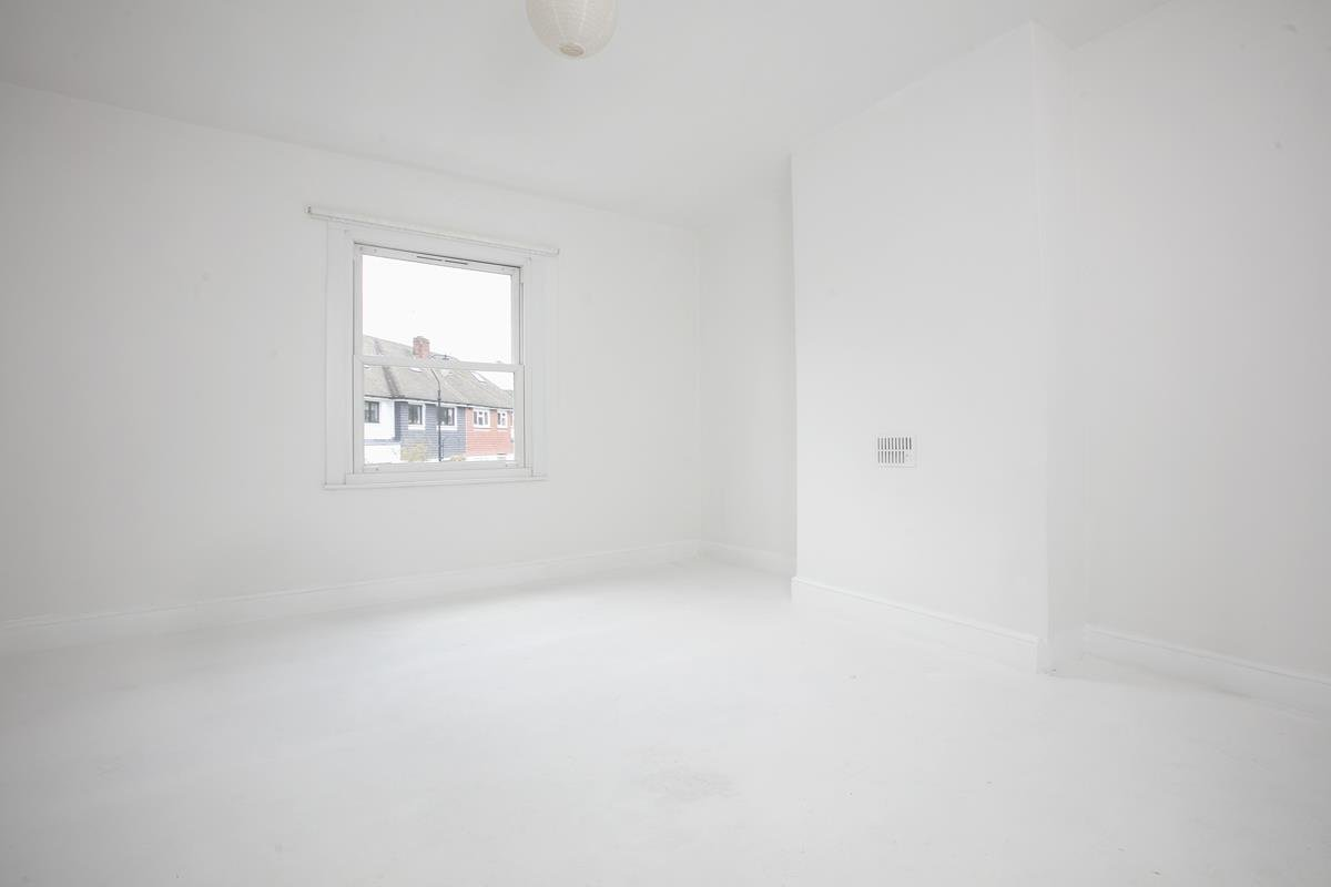 Flat/Apartment Sale Agreed in Champion Grove, Camberwell, SE5 429 view9