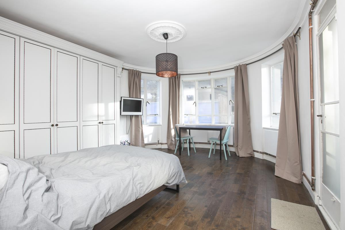 Flat - Studio For Sale in Champion Hill, Camberwell, London 393 view2