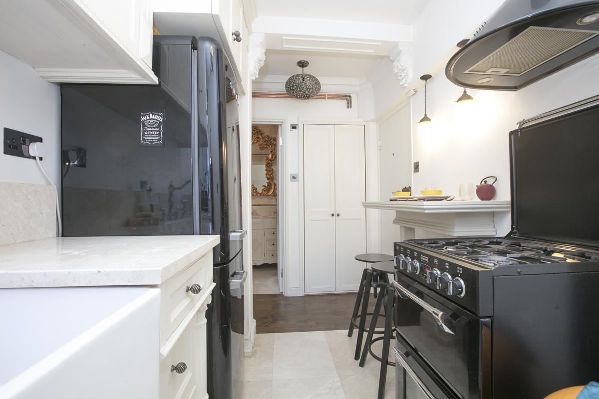 Flat - Studio For Sale in Champion Hill, Camberwell, London 393 view7