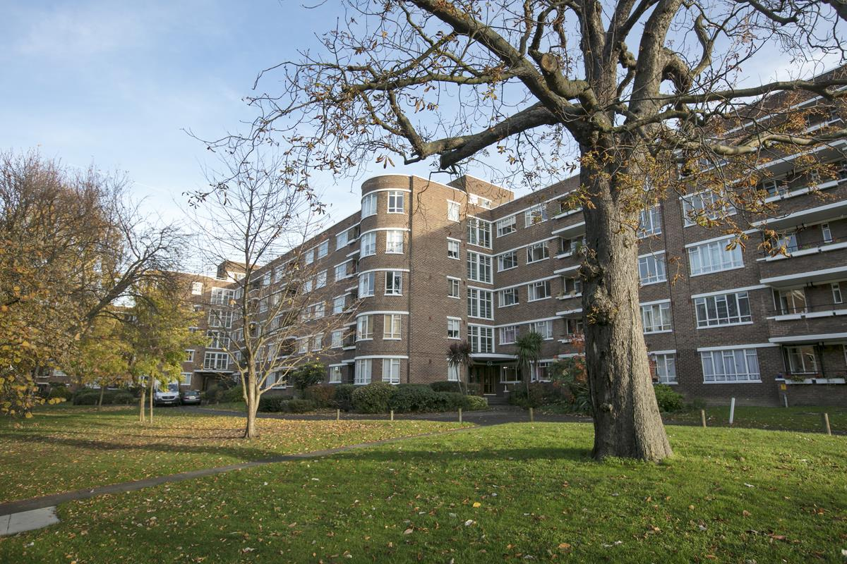 Flat - Studio For Sale in Champion Hill, Camberwell, London 393 view4
