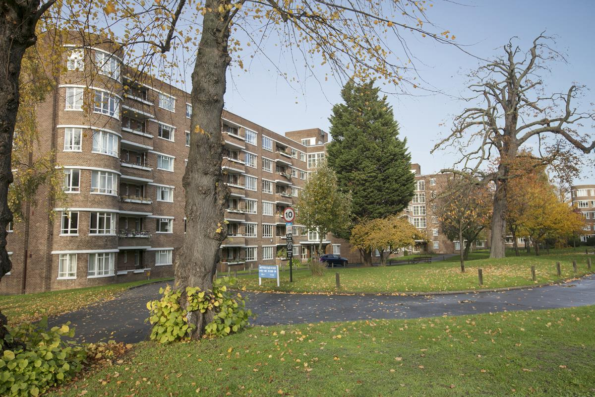 Flat/Apartment Sale Agreed in Champion Hill, Camberwell, SE5 392 view17