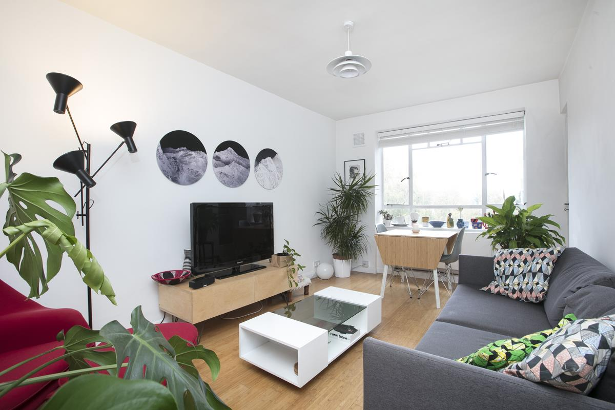 Flat/Apartment Sale Agreed in Champion Hill, Camberwell, SE5 392 view2