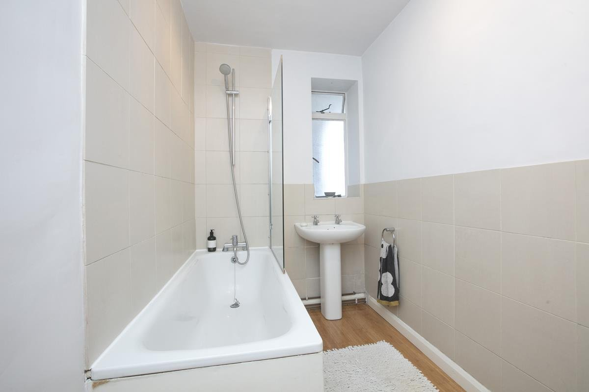 Flat/Apartment Sold in Champion Hill, Camberwell, SE5 392 view13