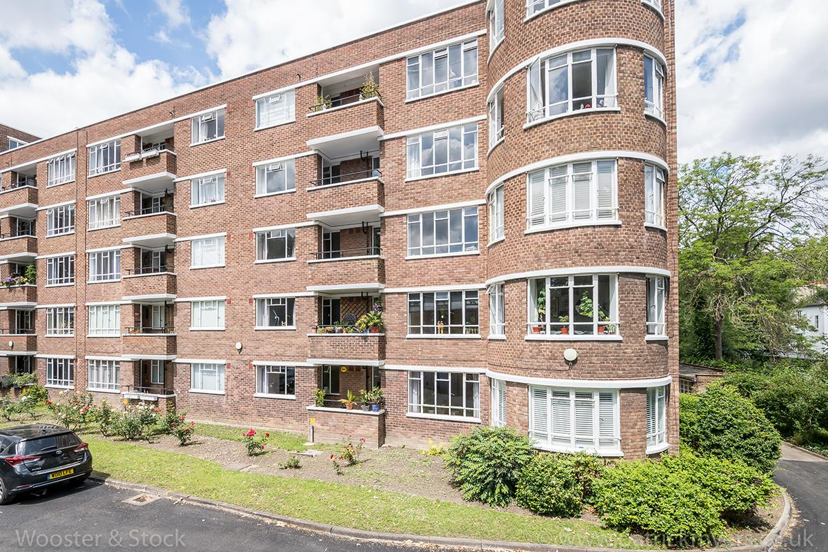 Flat - Purpose Built Sale Agreed in Champion Hill, Camberwell, SE5 467 view21