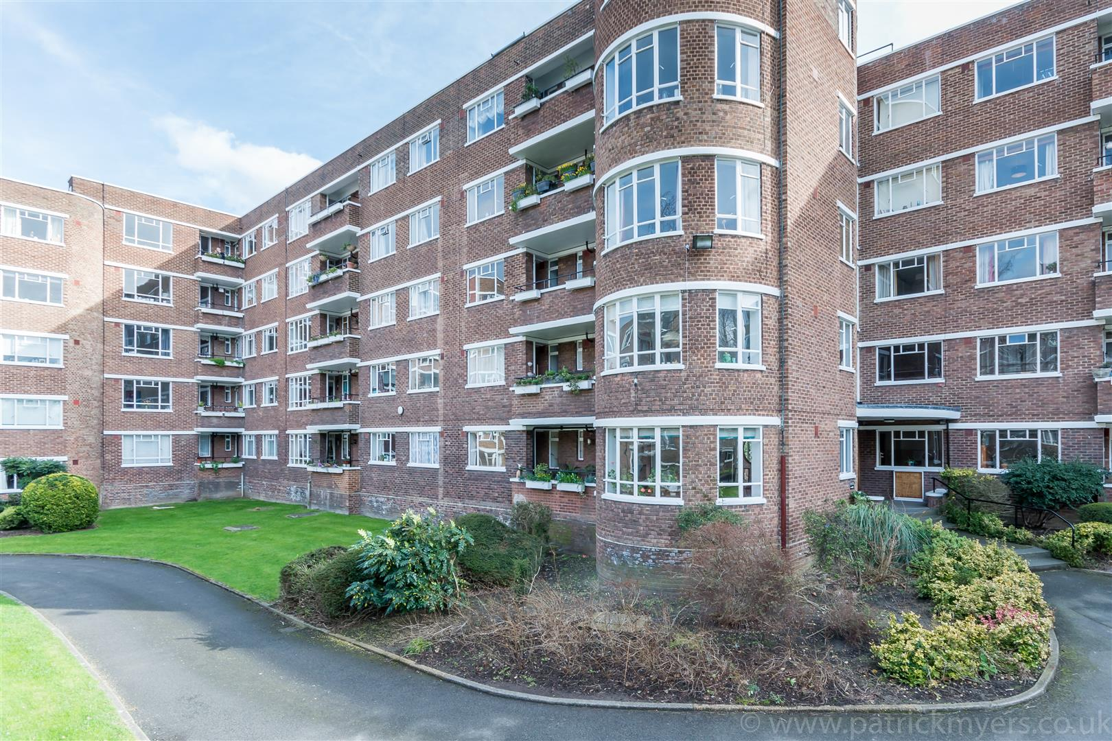 Flat - Purpose Built Sale Agreed in Champion Hill, Camberwell, SE5 467 view2