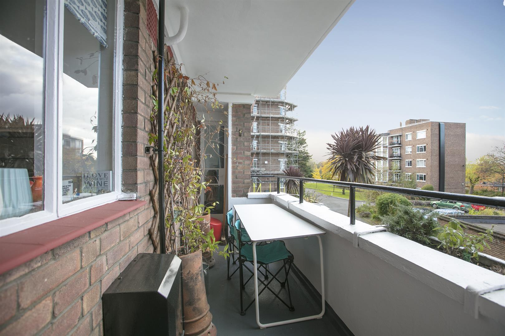Flat/Apartment Sale Agreed in Champion Hill, Camberwell, SE5 537 view3