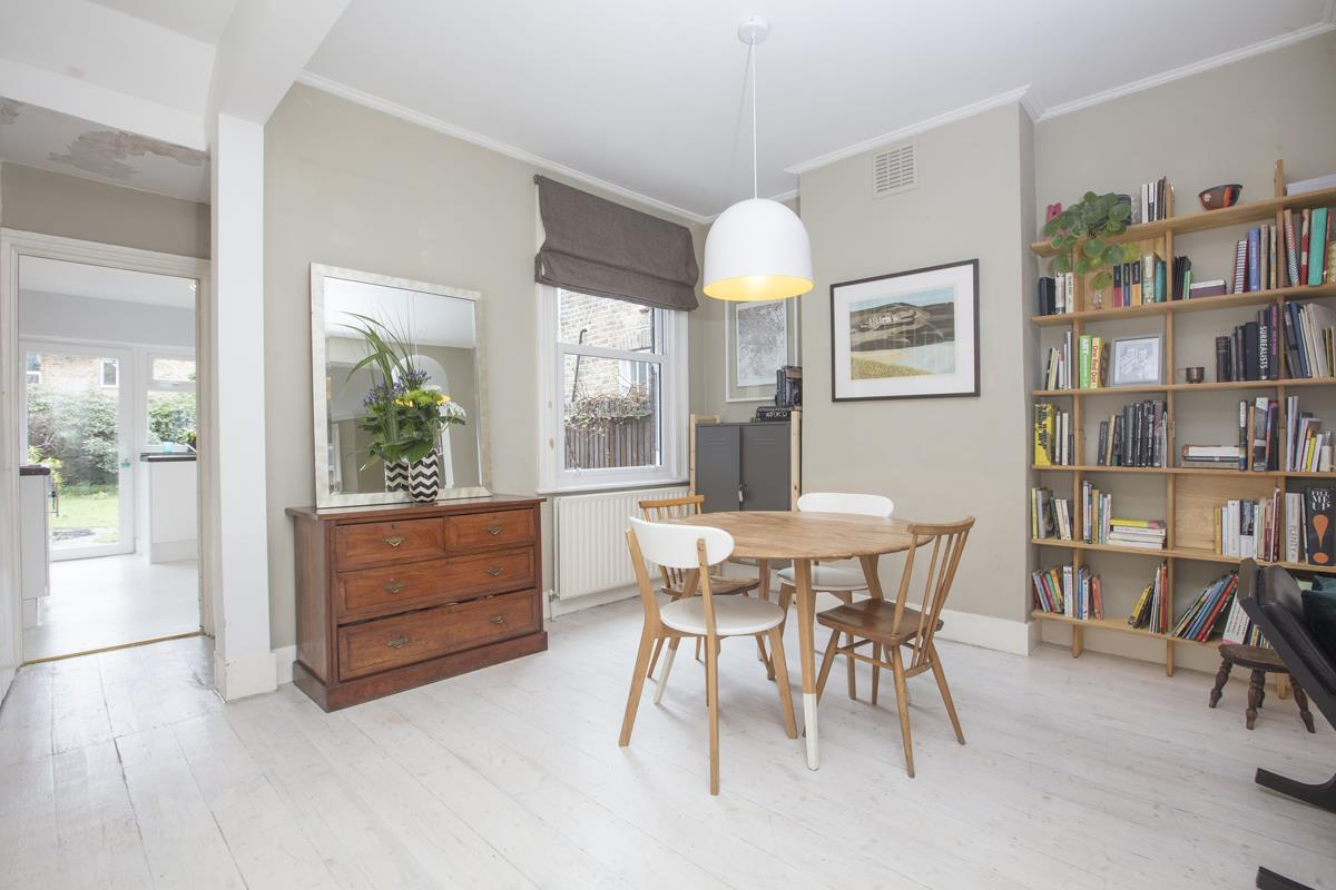 House - Terraced Sale Agreed in Coleman Road, Camberwell, SE5 424 view6