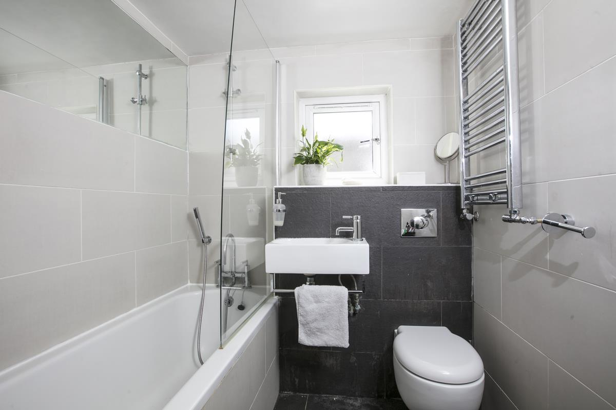 Flat - Conversion Sold in Consort Road, Nunhead, SE15 391 view10