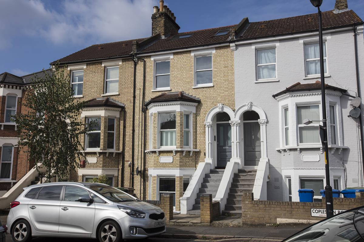 Flat - Conversion Sale Agreed in Copleston Road, Peckham, SE15 494 view1