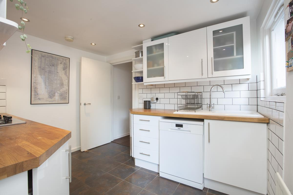 Flat - Conversion Sale Agreed in Copleston Road, Peckham, SE15 494 view10
