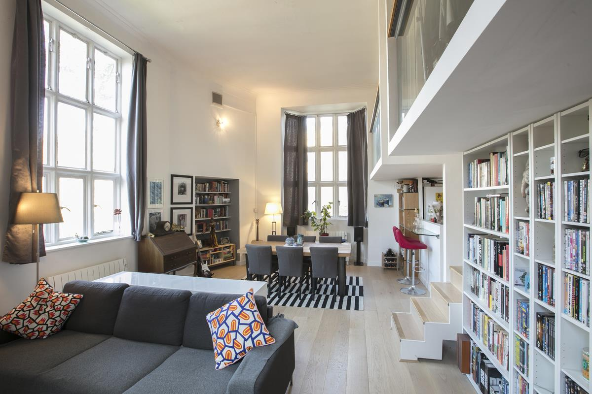 Flat/Apartment For Sale in Cormont Road, Camberwell, SE5 382 view3
