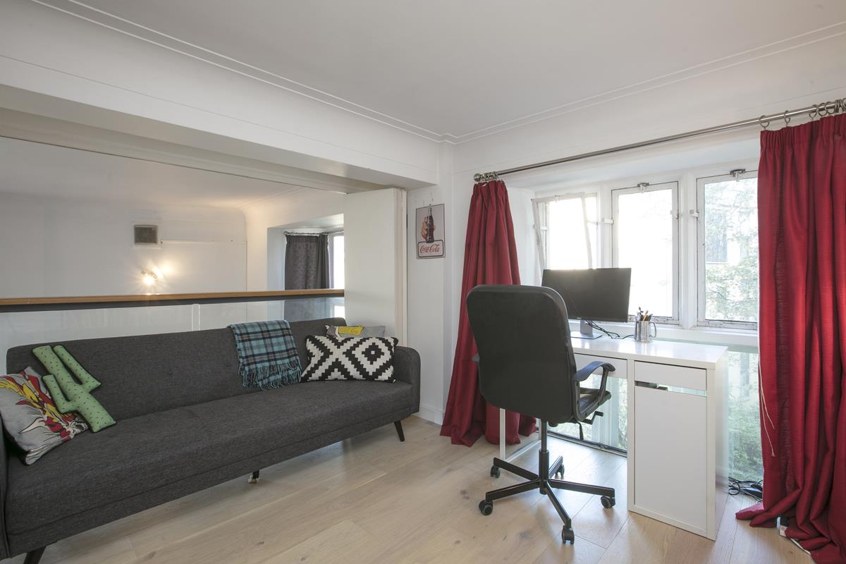 Flat/Apartment Sale Agreed in Cormont Road, Camberwell, SE5 382 view13
