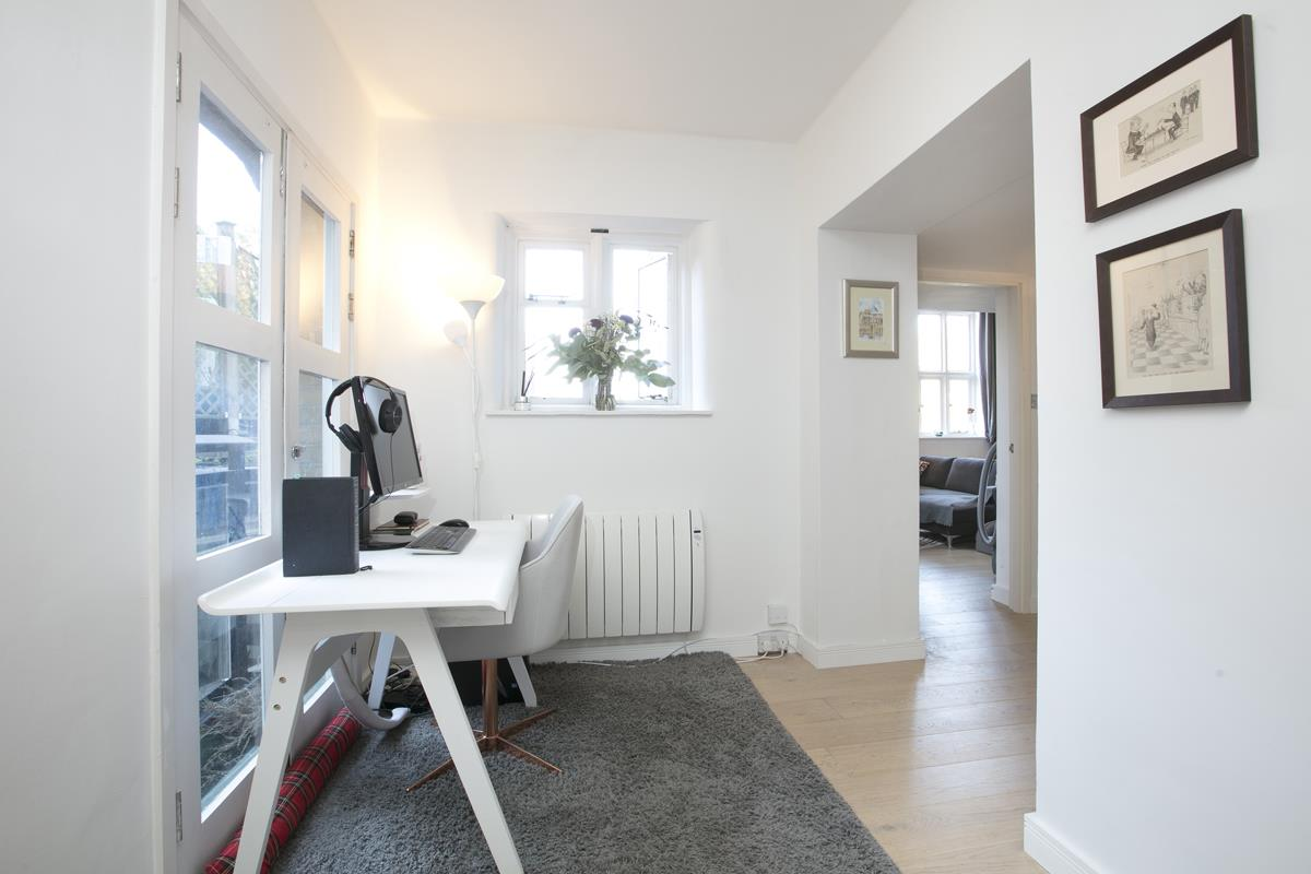 Flat/Apartment For Sale in Cormont Road, Camberwell, SE5 382 view14