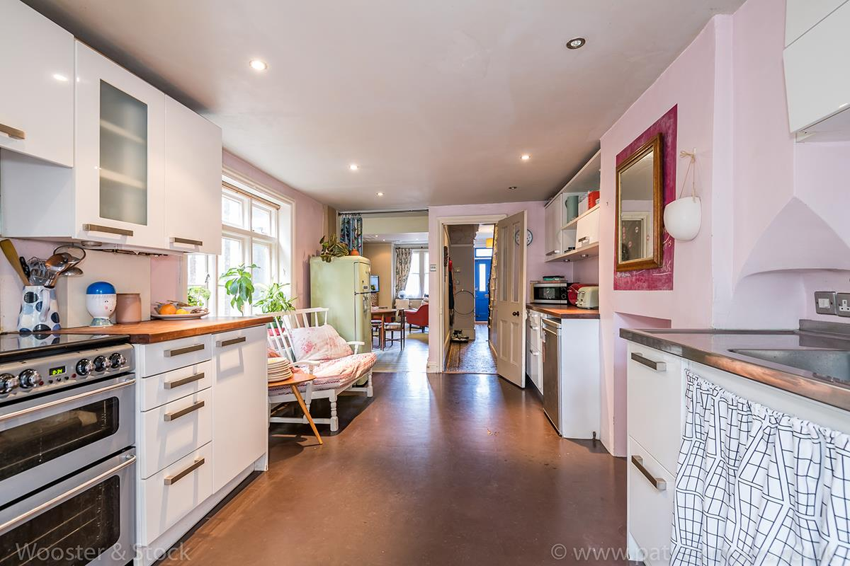 House - Terraced Sale Agreed in Cormont Road, Camberwell, SE5 518 view6