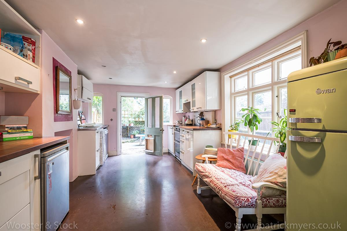 House - Terraced Sale Agreed in Cormont Road, Camberwell, SE5 518 view3