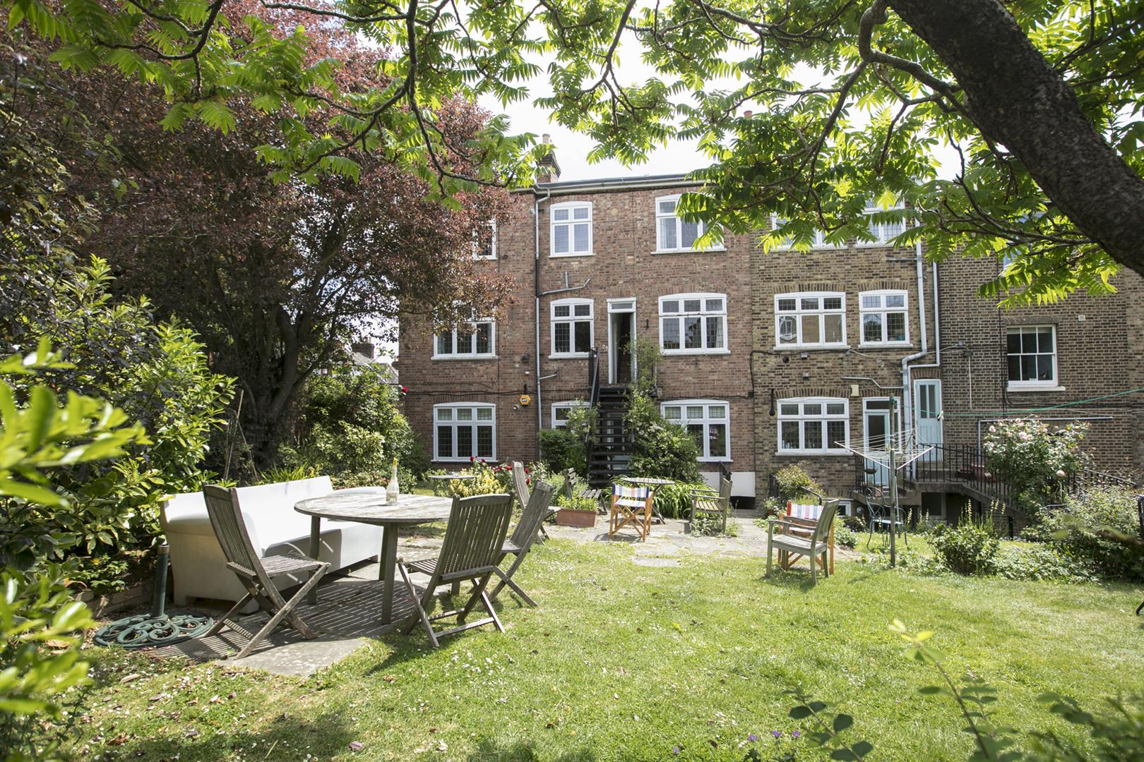Flat - Purpose Built Sold in Courtside, Dartmouth Road, Sydenham, SE26 623 view5