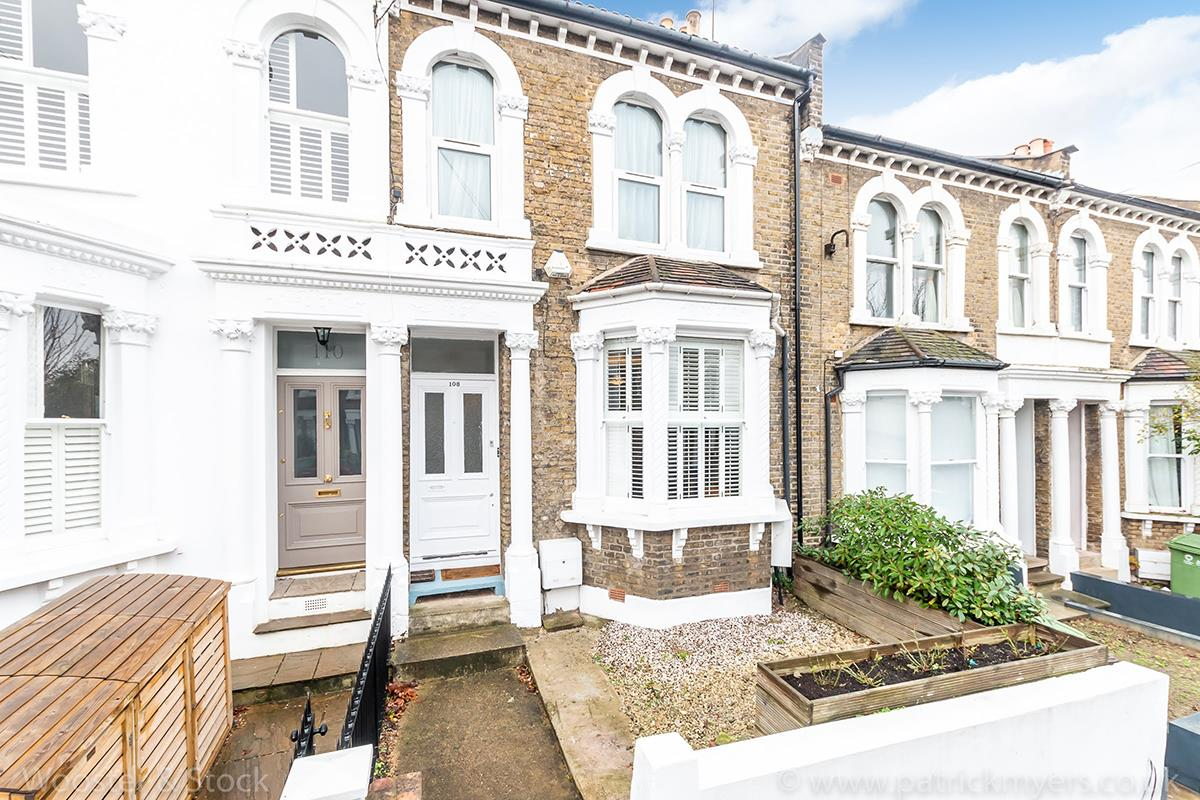 Flat/Apartment Sold in Crofton Road, Camberwell, SE5 407 view1