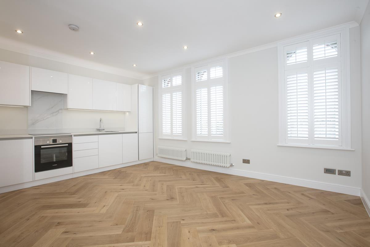 Flat/Apartment For Sale in Crofton Road, Camberwell, SE5 430 view1