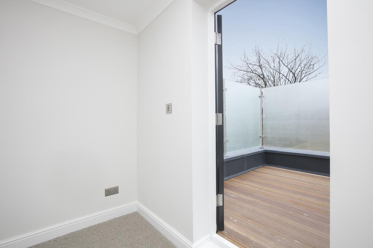 Flat/Apartment For Sale in Crofton Road, Camberwell, SE5 430 view17