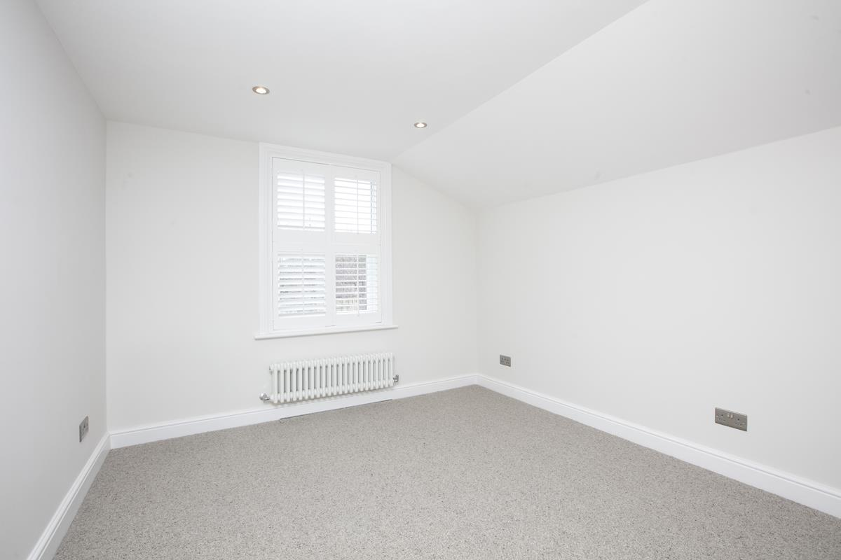 Flat/Apartment Sale Agreed in Crofton Road, Camberwell, SE5 431 view7