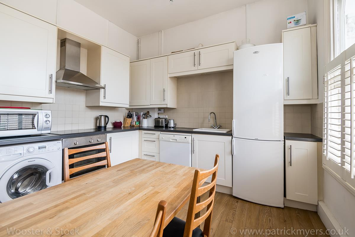 Flat/Apartment For Sale in Crofton Road, Camberwell, SE5 466 view4