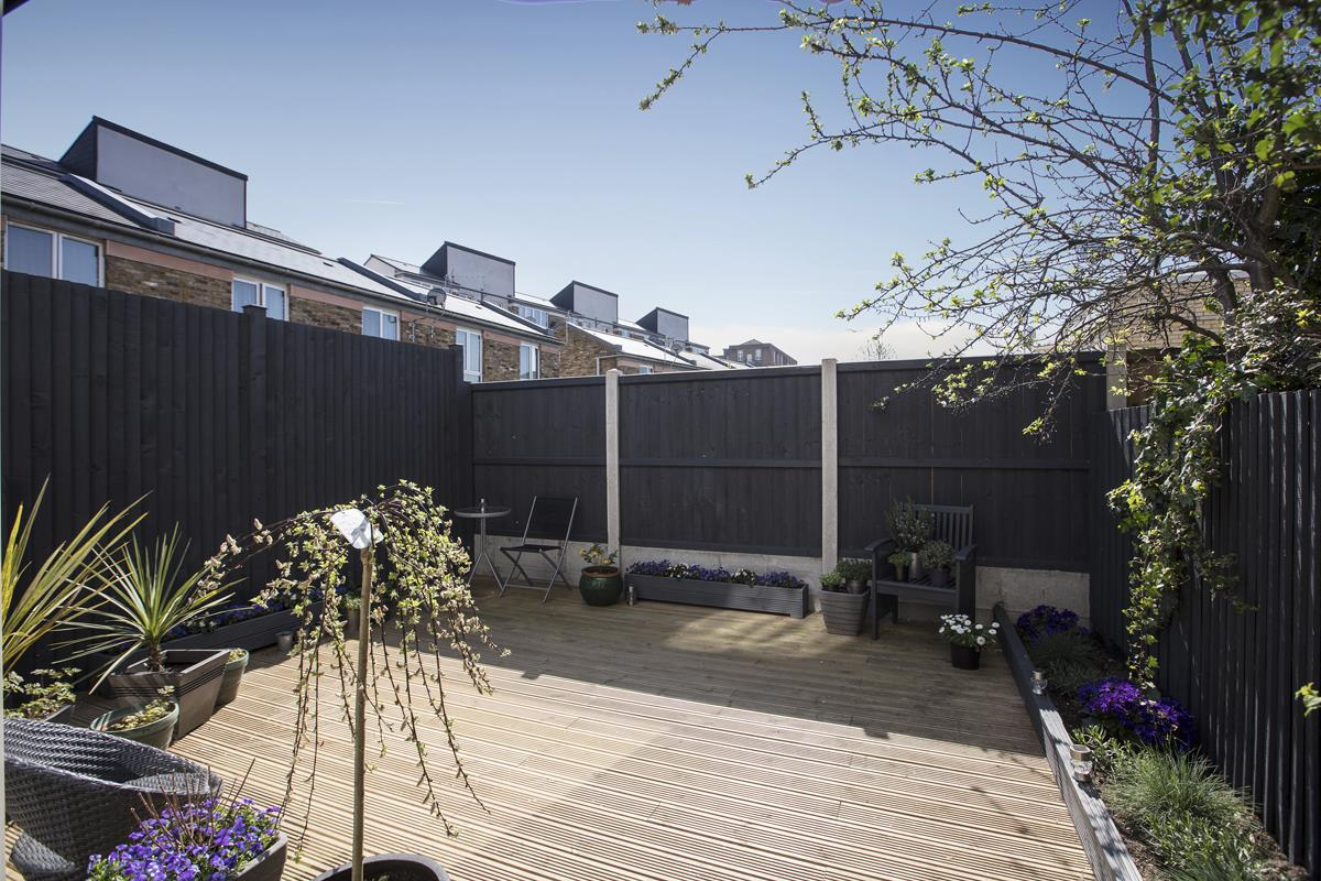 House - End Terrace Sold in Cromwell Road, Myatts Field SW9 316 view5